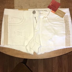 NWT! Mossimo White Distressed Shorts